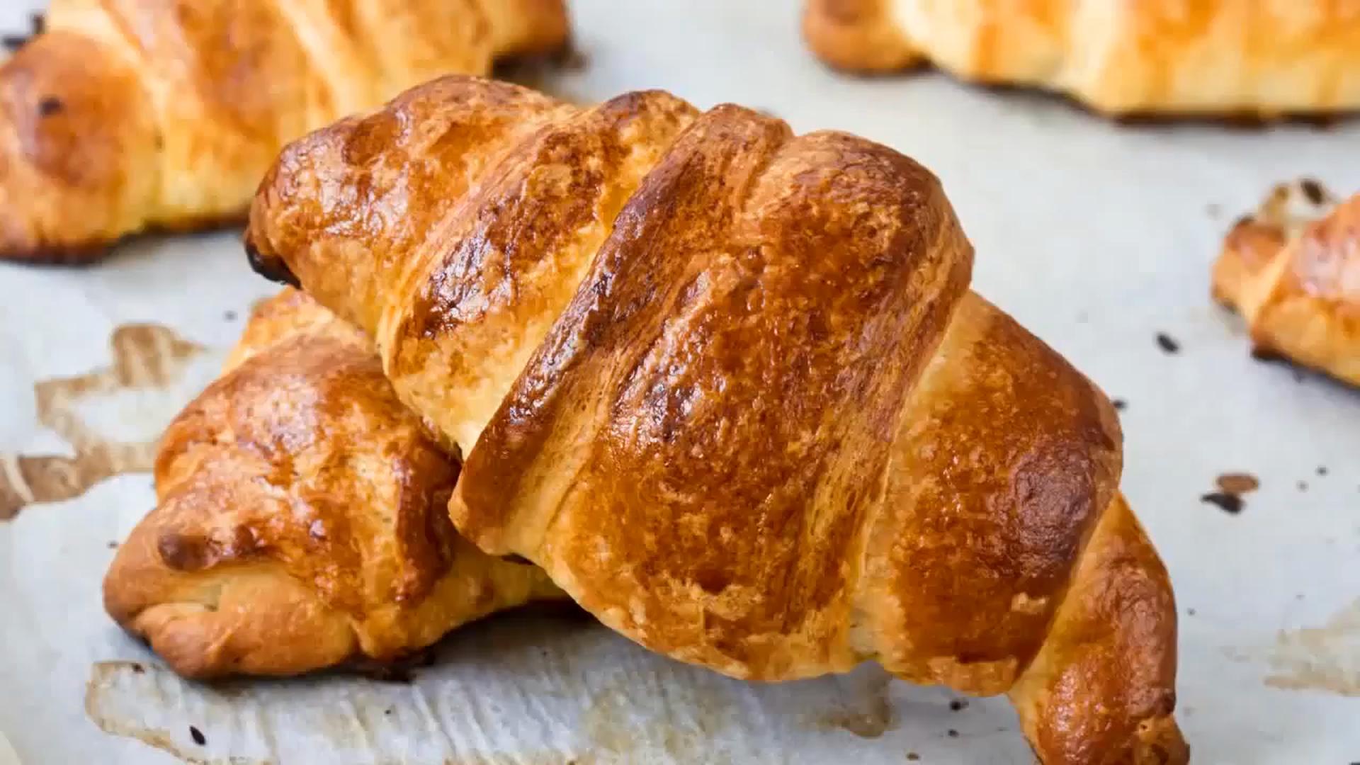 Reteta sanatoasa de croissante cu unt