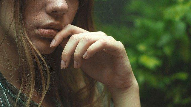 Care sunt cauzele aparitiei aftelor bucale
