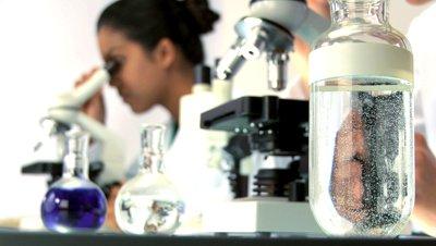 Antioxidantii ar putea accelera progresia cancerului