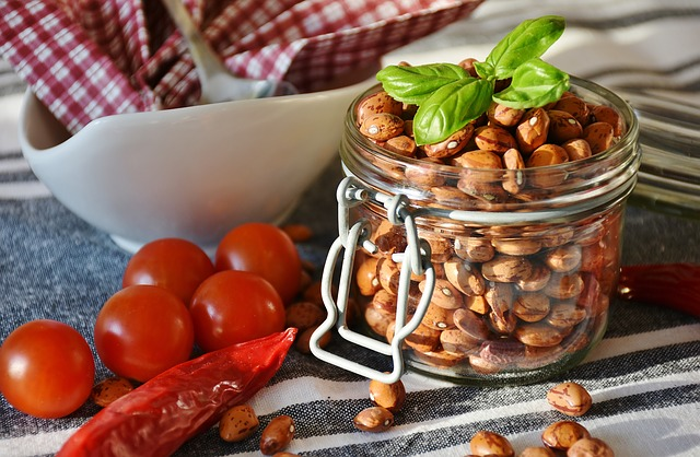 Proteine animale vs. Proteine vegetale. Tu ce alegi?