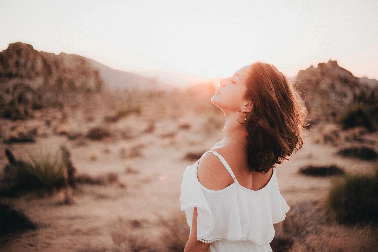 5 sfaturi pentru a preveni albirea prematura a parului
