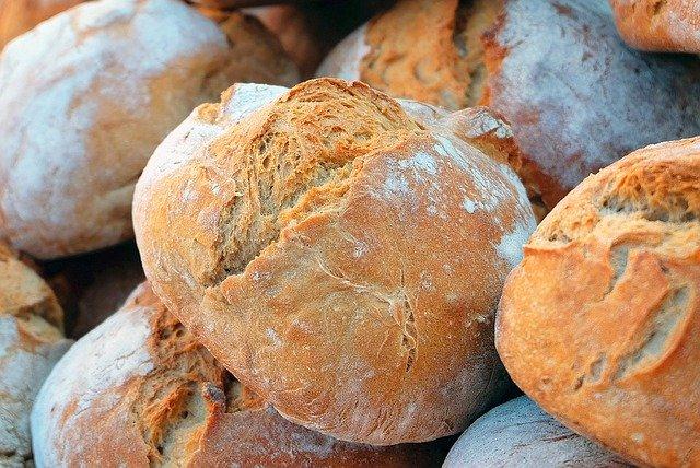 Reteta de paine pufoasa cu faina si malai