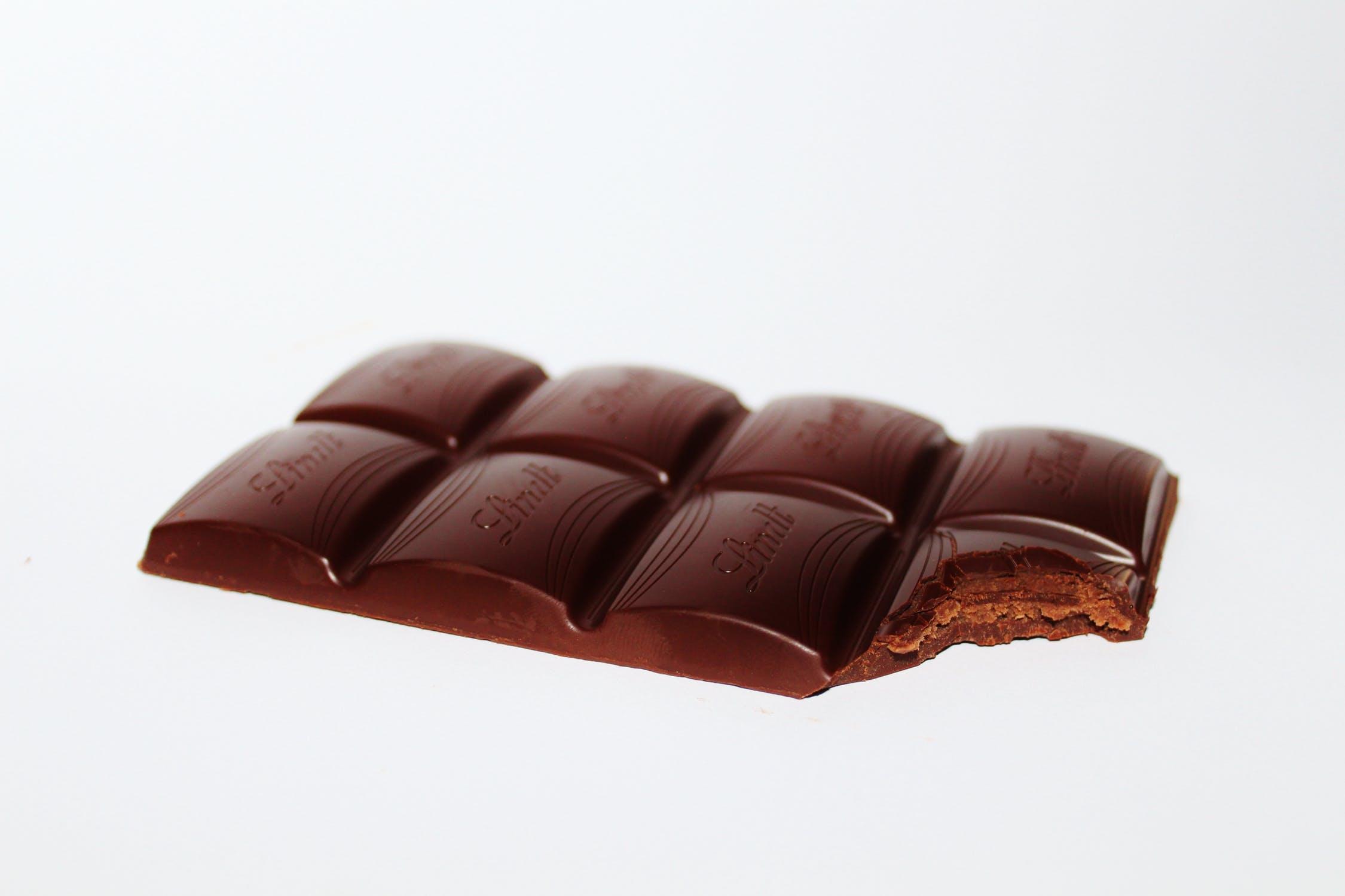 Tii ciocolata in frigider? Iata de ce nu trebuie sa faci acest lucru