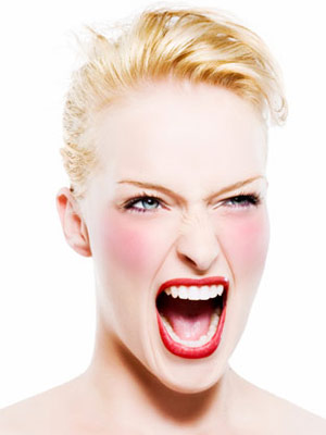 Esti nervoasa si irascibila tot timpul? Afla de ce!