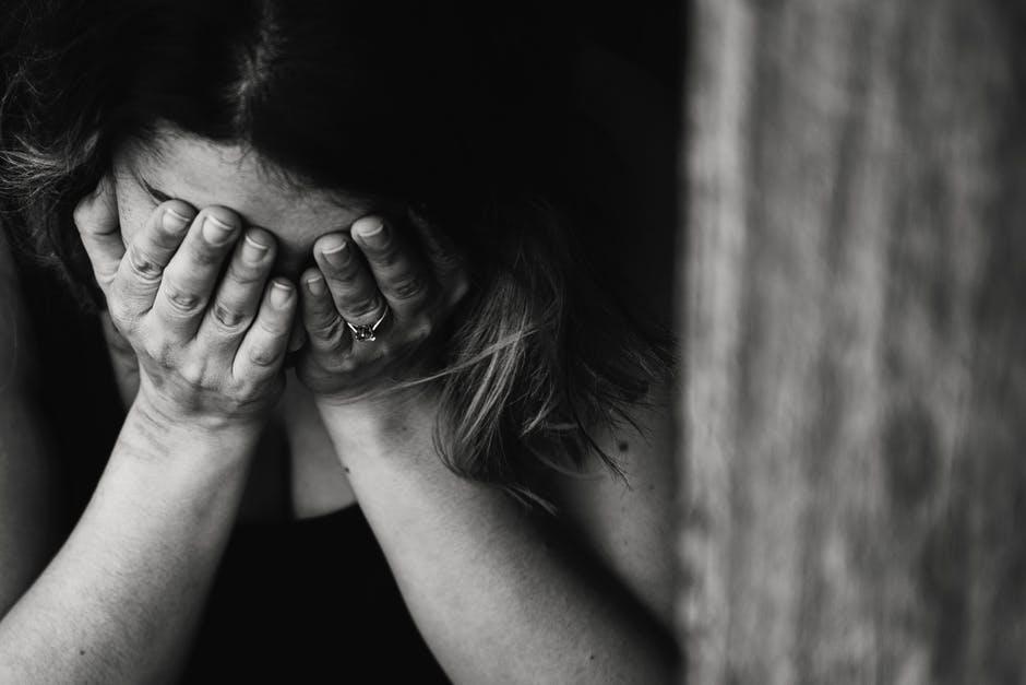 Cum puteti ajuta un prieten care sufera de depresie