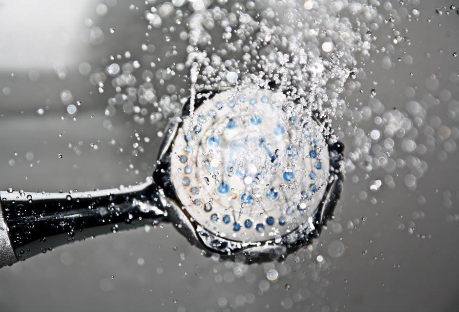 Care sunt beneficiile dusului cu apa rece?