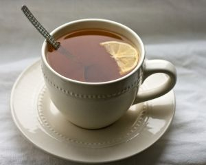 Ceaiul de busuioc, remediu naturist pentru numeroase afectiuni
