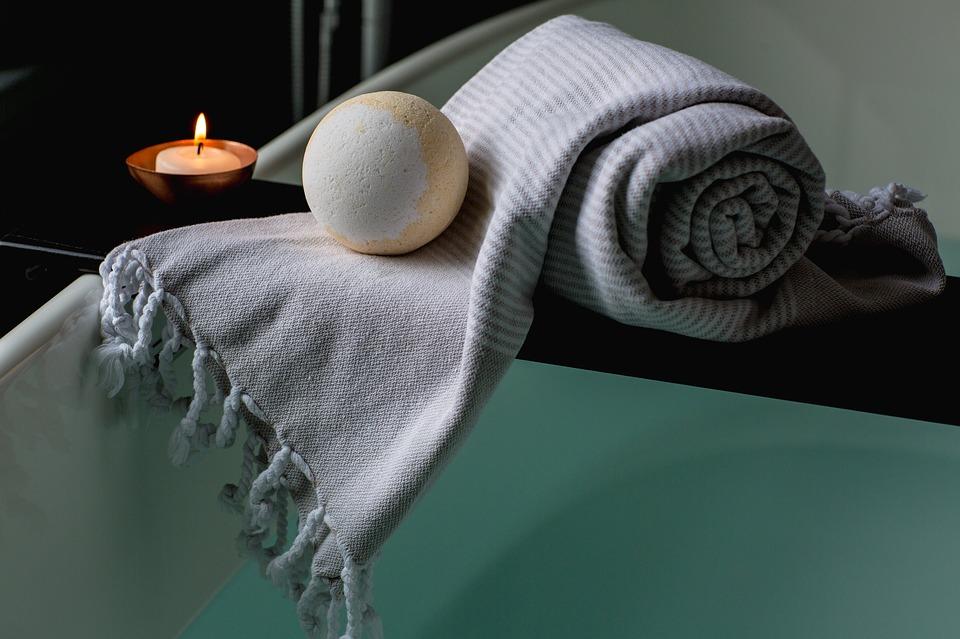 Tehnici de relaxare care te ajuta sa inlaturi stresul in doar cateva minute