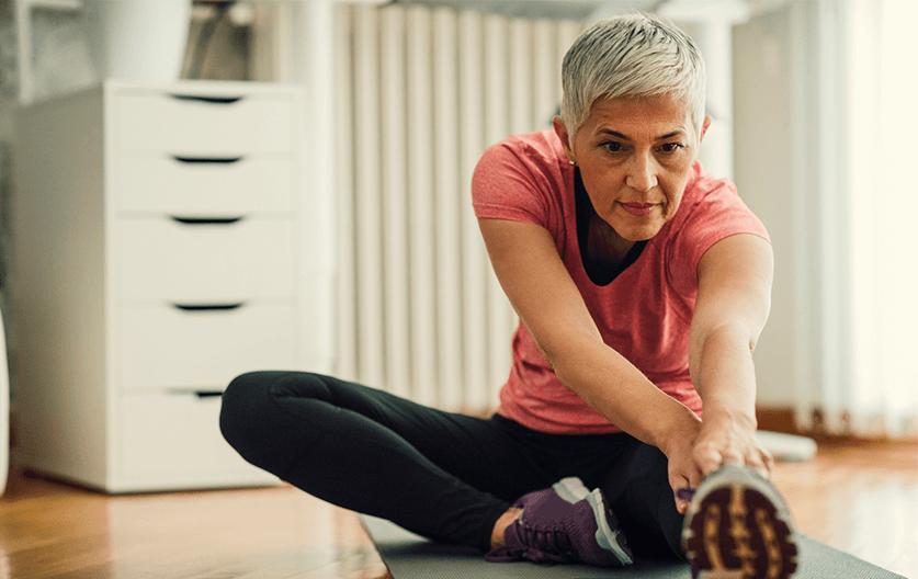 Prevenirea osteoporozei. 5 metode simple prin care sa o tii la distanta