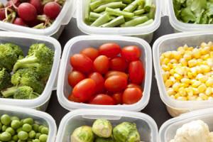 Avantajele si dezavantajele recipientelor de plastic din bucatarie