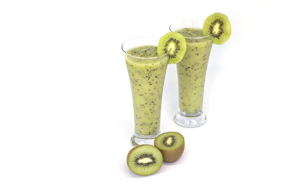 Sucul de kiwi - De ce este bun pentru piele si par?