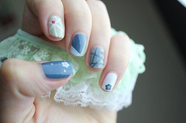 5 motive pentru care ti se rup unghiile