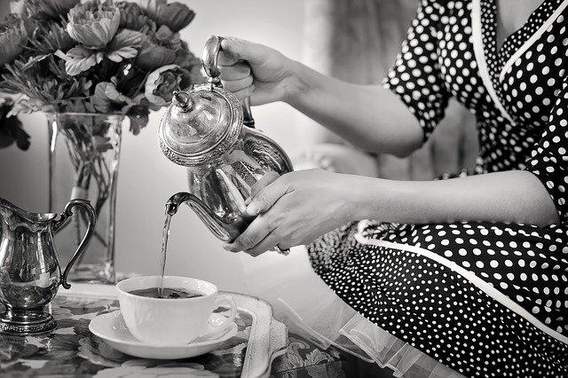 3 ceaiuri care contribuie la detoxifierea organismului