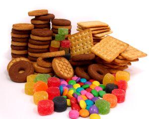 Semnal de alarma: alimentele pentru copii contin prea mult zahar