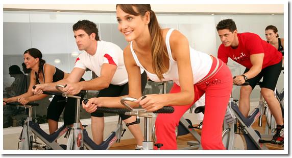 Gata cu scuzele! 2,5 minute de exercitii pe zi ard 250 de calorii