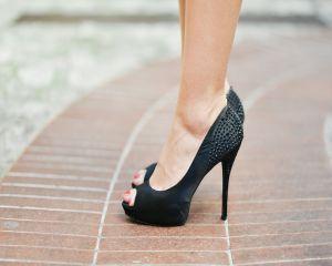 8 sfaturi pentru picioare grele si varice