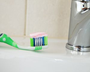 Ce ingrediente nocive contine pasta de dinti pentru copii