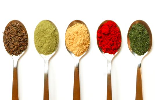 9 condimente deosebite pentru mancaruri delicioase