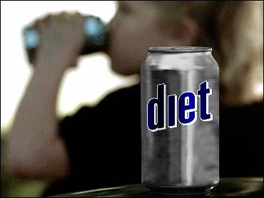 De ce nu poti slabi cand consumi bauturi cu indulcitori sintetici