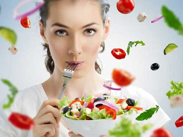 Ce alimente te ajuta sa te concentrezi la job