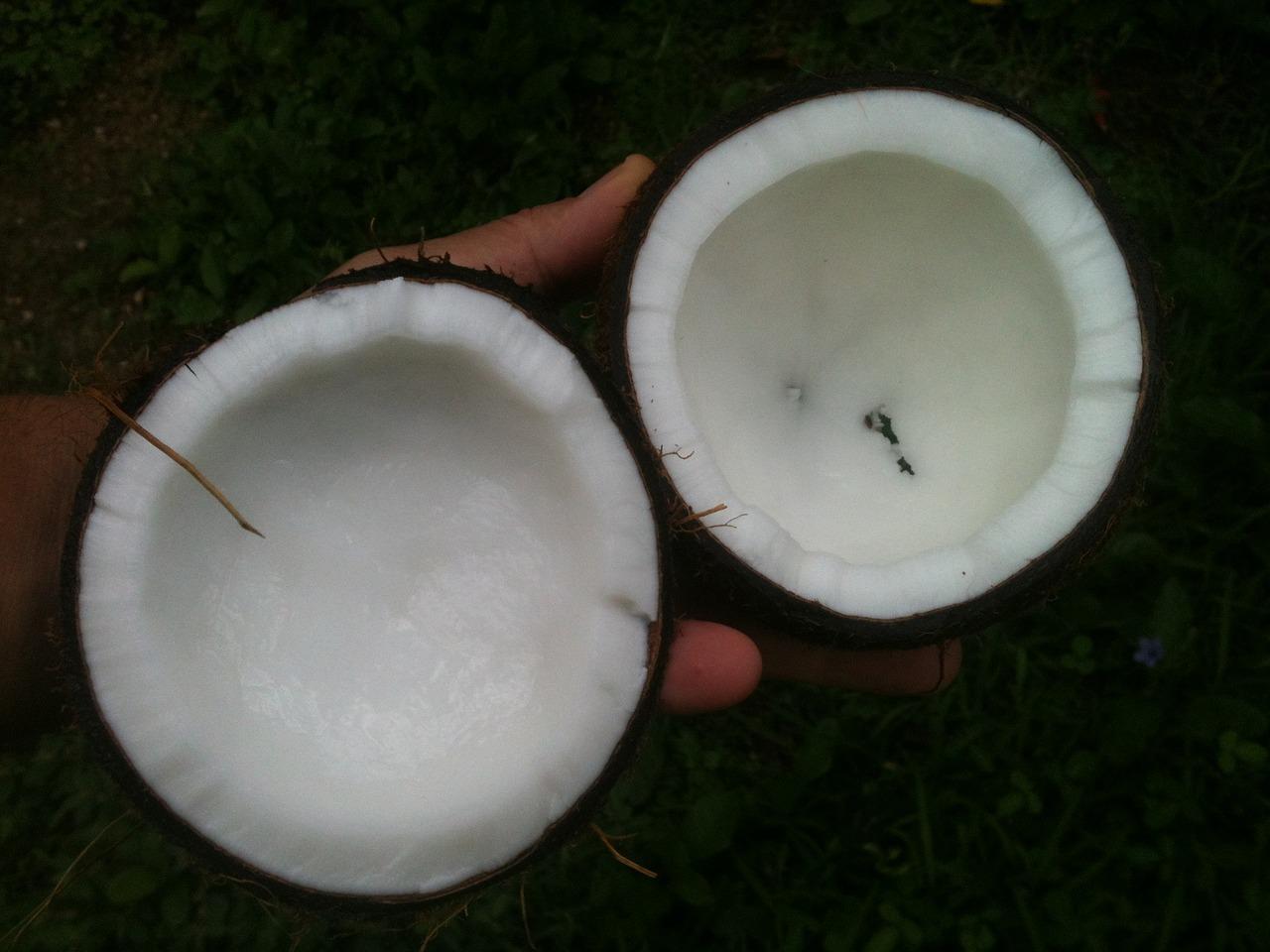 Foloseste ulei de cocos pentru ingrijirea pielii si a parului