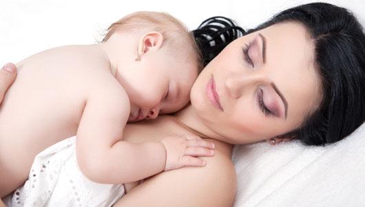 Sfaturi pentru ca tu si bebelusul tau sa dormiti mai bine