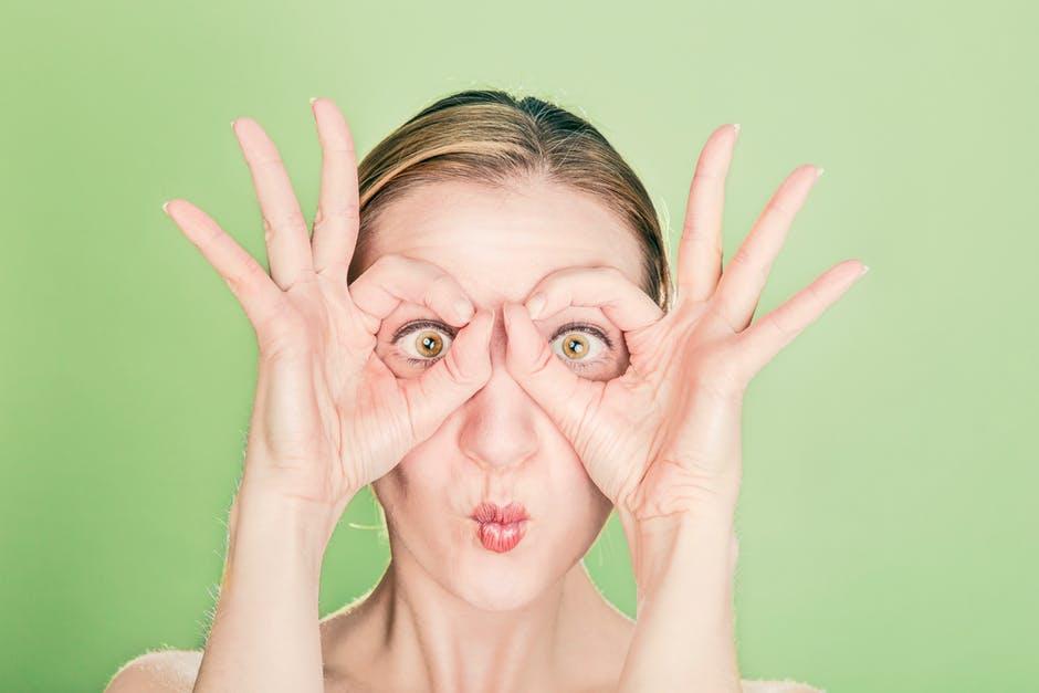 VIDEO Exercitii pentru ochi: aceste miscari iti imbunatatesc vederea!