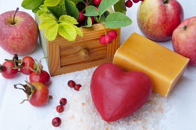 5 sfaturi pentru a spala fructele si legumele in mod eficient