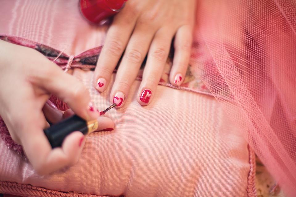 4 motive pentru care ti se rup unghiile