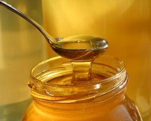 Dieta cu miere: 4 sfaturi pentru a slabi sanatos