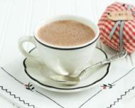 Motive pentru care ar trebui sa bei in fiecare seara cacao cu lapte