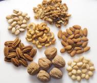 Nucile consumate zilnic scad nivelul colesterolului