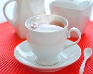 5 ceaiuri care trateaza problemele digestive