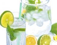 10 lucuri pe care trebuie sa le stii despre apele minerale naturale si apele de izvor