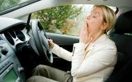 Lipsa somnului are aceleasi efecte asupra creierului precum consumul de alcool