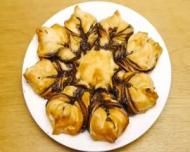 Bunatati pentru masa de Paste: Cozonac floare cu Nutella