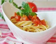 De ce nu este bine sa cumparam din comert bulion si pasta de tomate