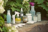 3 produse naturale si ieftine cu care va puteti curata casa