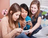 Cum influenteaza tabletele si smartphone-urile somnul copiilor