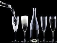 STUDIU: un singur pahar de alcool pe zi creste riscul de cancer la san