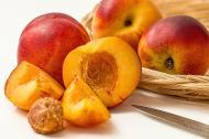 Nectarinele. De ce NU este bine sa le pastrezi in frigider