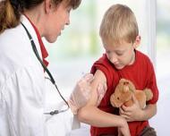 OMS recomanda efectuarea obligatorie a 7 vaccinuri