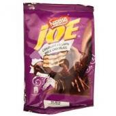 Joe - Mini napolitane crocante cu crema de cacao, invelite in ciocolata cu lapte